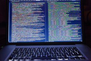 Kod na ekranie
