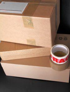 Kartony przeznaczone do wysyłki