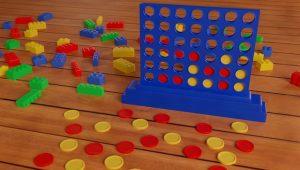 Zabawki rozrzucone na podłodze